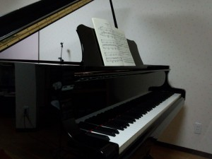まいこのちょろっと音楽レッスンのピアノ写真
